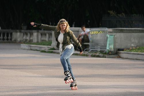 inline skating balance