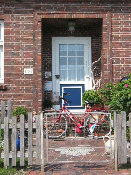 input door bike