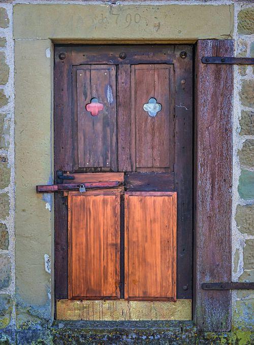 input wooden door old