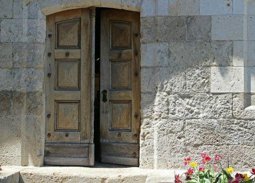 input door goal