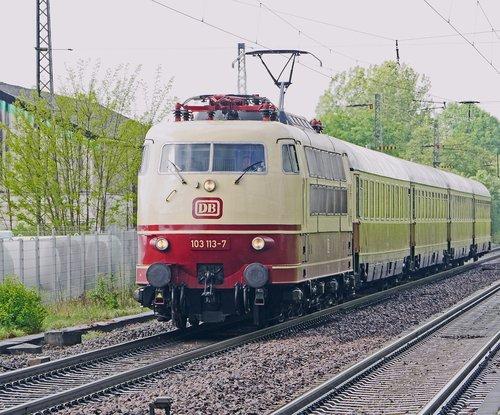intercity  fernzug  express train