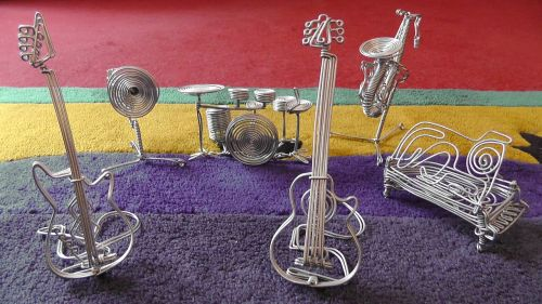 instrumentai,apdaila,viela,muzikos instrumentai,būgnai,gitara