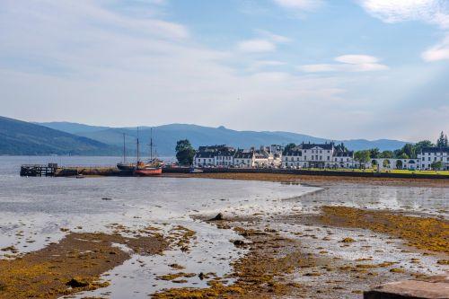 inveraray port hole scotland