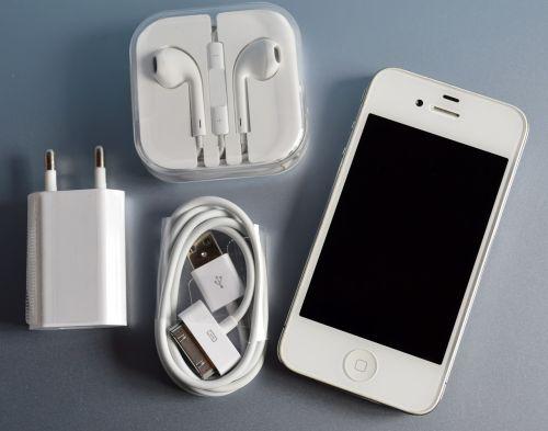 iphone 4 earphones charger