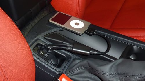 ipod car red