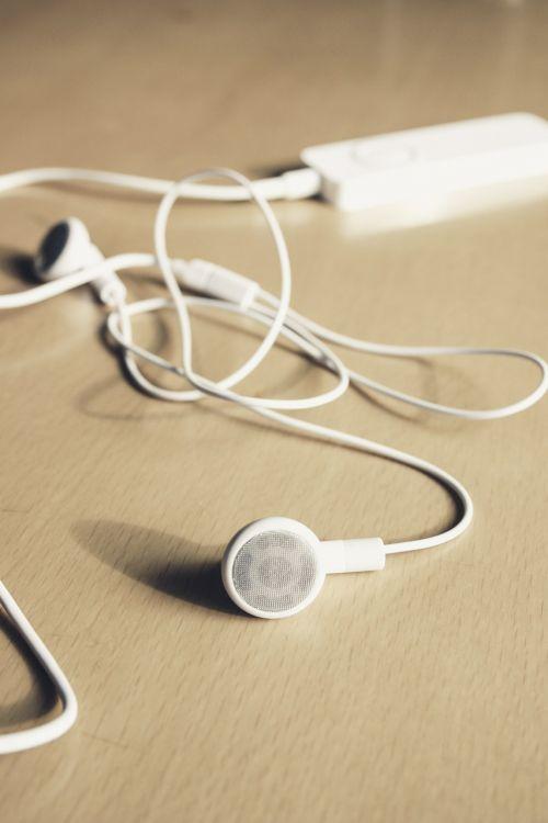 ipod music listen