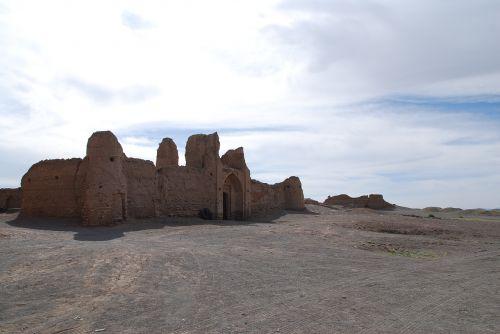 iran desert caravanserai