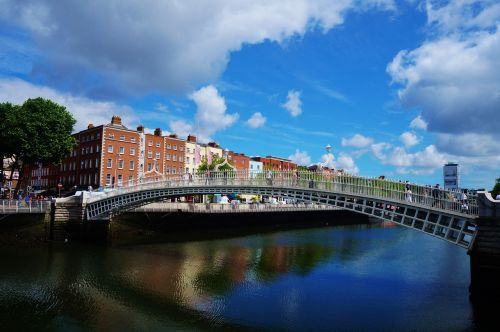 ireland dublin bridge