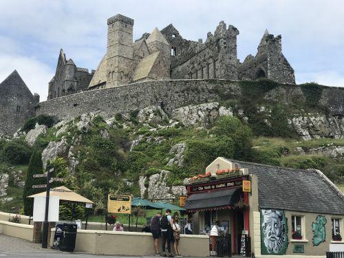 ireland holiday castle