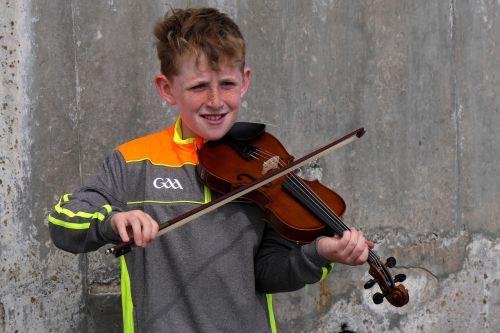 ireland street musicians geiger