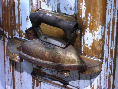 iron antique ironing