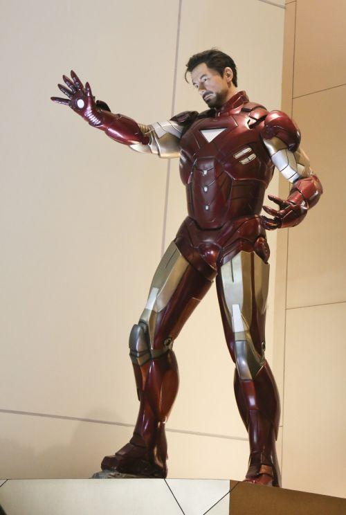 iron man mannequin movies