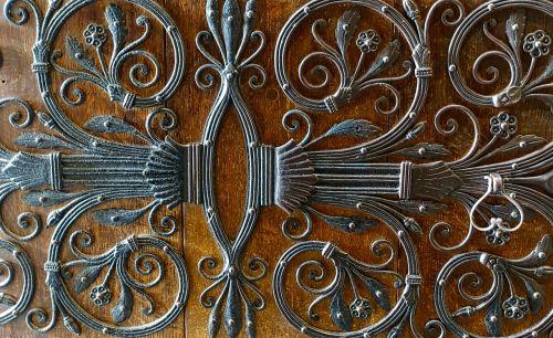ironwork pattern metallic