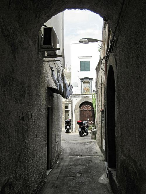 ischia old town alley