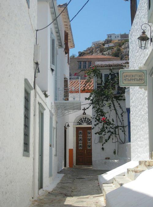 island hydra alleyway