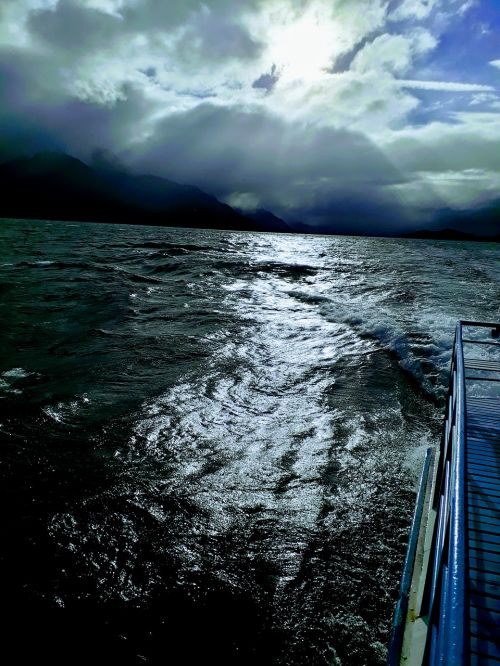 island boat departure