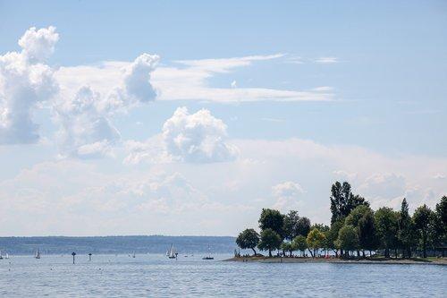 island  peninsula  lake constance
