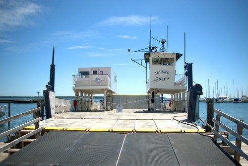 island queen  madeline island ferry line  apostle island ferry
