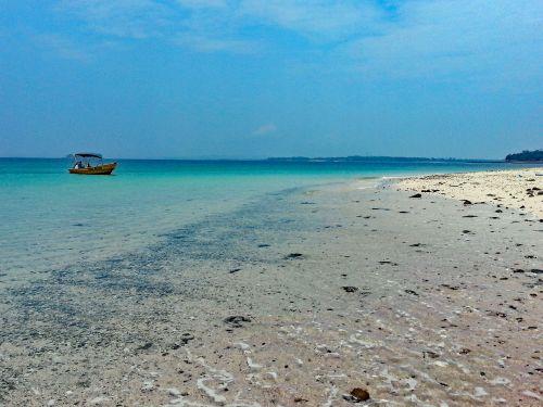 islas de las perlas panama island