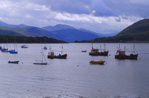 isle of skye  scotland  sea