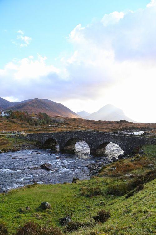 isle of skye bridge peace