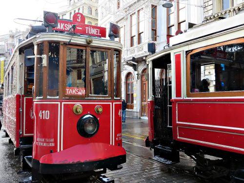 istanbul tram transport