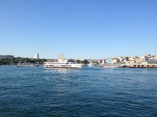 istanbul ferry bosphorus