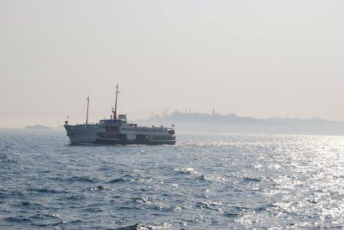 istanbul turkey ferry