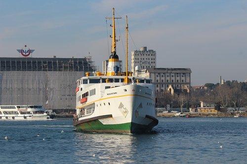 istanbul  ship  v