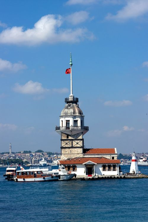 istanbul maiden's tower throat