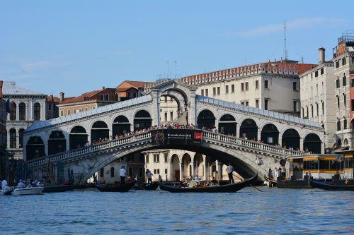 italia venice bridge