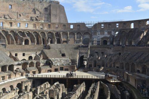 italy rom colosseum