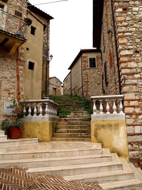 italy toscana village