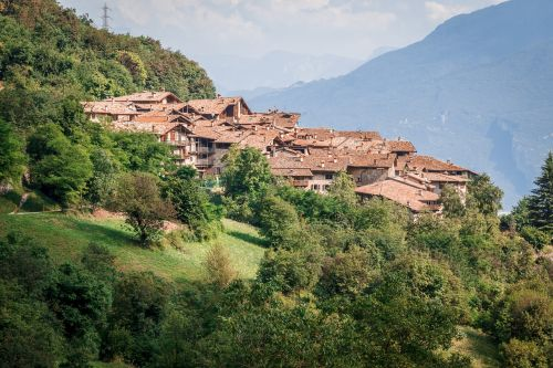 italy village bergdorf