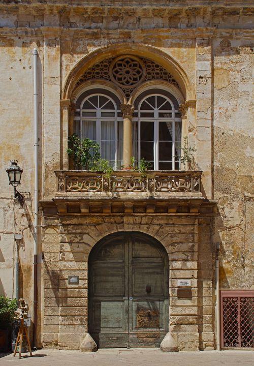 italy facade architecture