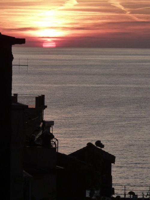 italy sea romance