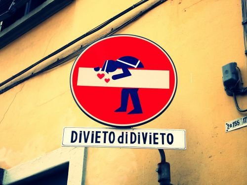 italy traffic signs signs