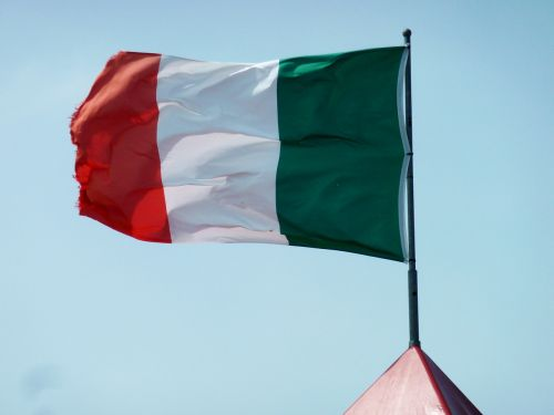 italy flag,flag,banner,red,italian flag,national flag,home,sky,green,white,italy,symbol,wind,flutter