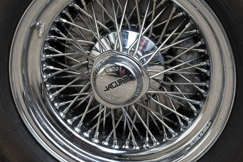 jaguar  e type  rim