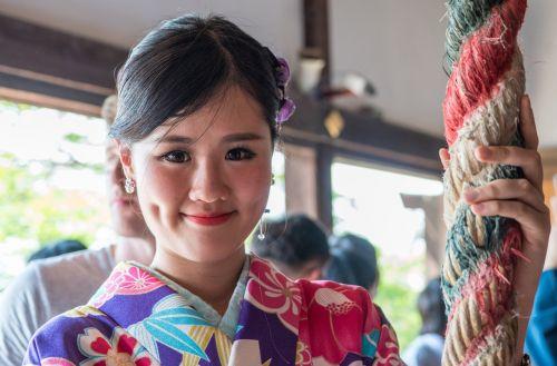 japan woman kimono