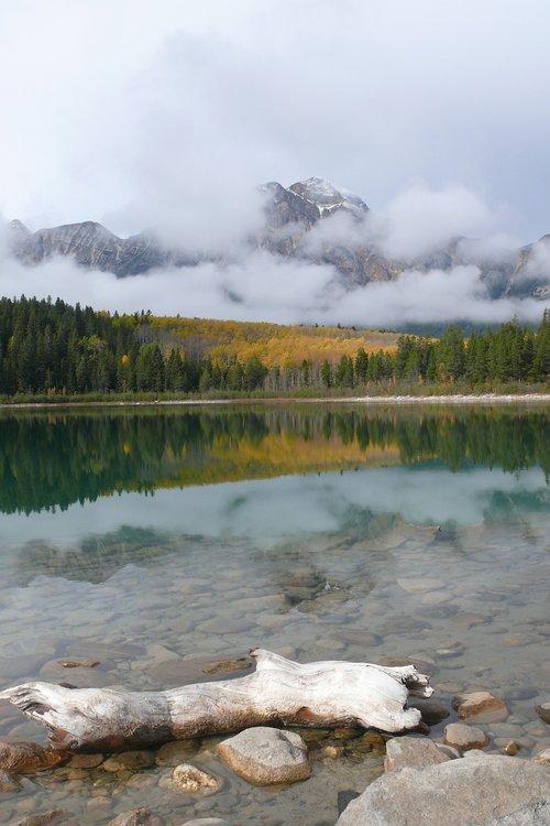 jasper national park  canada  lake