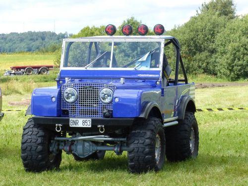 jeep land-rover car show