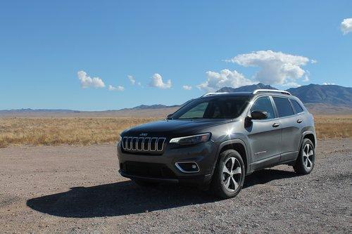 jeep  cherokee  desert