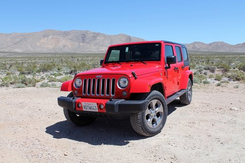 jeep  wrangler  off-road