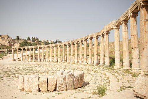 jerash  jordan  roman ruins