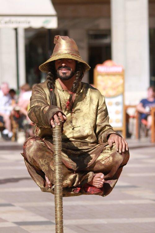 jester  street artists  illusionist