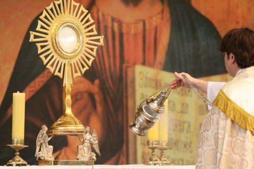 jesus eucharist religion