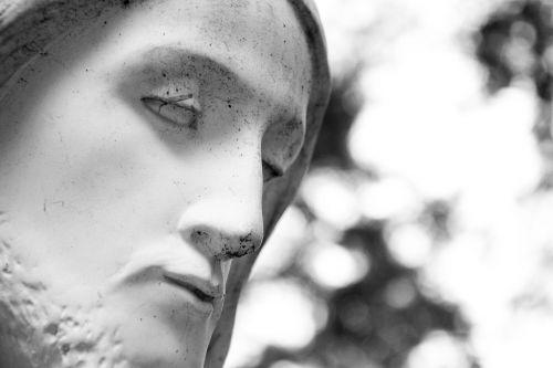 jesus christian sculpture