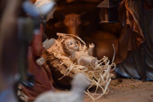 jesus child crib christmas