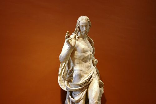 jesus christ resurrection sculpture